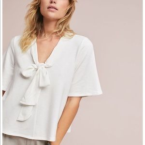 ANTHROPOLOGIE Eri + Ali White Bow-Tied V-Neck Tee
